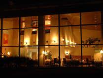 夜のレストラン ル・プラトー 贅沢なディナーのひととき