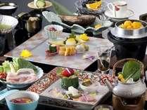 料理長のアイデアと工夫で野菜を贅沢に使った和会席