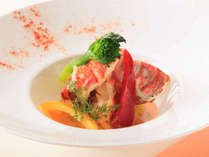 洋食はオマール海老のポワレ♪(一例)