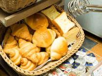 パンもいろいろ♪トースターで温めてお召し上がりいただけます♪(イメージ)