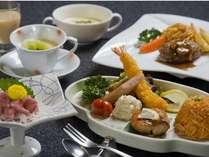 【お子さま料理】海老フライやハンバーグと、伊豆ならではのお刺身