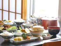 *【朝食】和素材を中心にした朝食です。