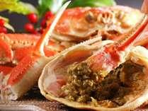 濃厚な蟹味噌を茹で蟹に付けてお召し上がり下さい。