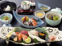 ■ 握り鮨も食べられる小懐石コース ※写真は季節の一例です