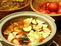 奥飛騨産の桃太郎トマトを使った完熟トマト鍋です!