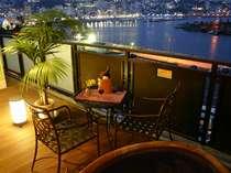 夜景が綺麗に見える露天風呂付客室(信楽焼タイプ)