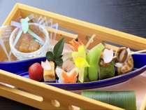 季節の食材を使用した前菜
