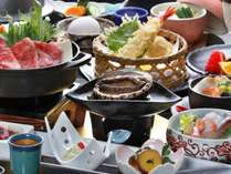 【饗宴会席】牛すき焼きと活鮑の2大グルメの共演!鮑は「刺身」又は「バター焼き」からチョイス(会場食)