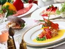 【料理】牛ロースステーキや海の幸の前菜、季節のデザート等人気のコース/コース料理一例