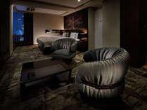【アーバンスイート】49平米 メゾネット、シモンズ製セミダブルベッド2台 ハリウッドツインタイプ