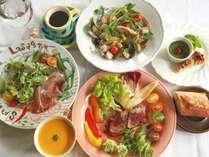 高原野菜たっぷりのディナー。気軽にカジュアルにフランス料理を楽しんでいただくことがモットーです!
