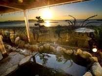 夕陽絶景の露天風呂