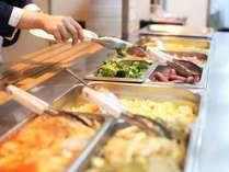 日替わりのお料理は、時間帯によっても変わります。