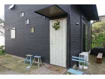 ご家族様歓迎!素泊まり限定 ロフトヴィラ 専用バスルーム付 一棟貸切 お庭景色あり (無料駐車場あり)