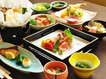 【ご夕食一例:くまげらプラン】彩り豊かなお料理。職人が一品一品心を込めて仕上げております。