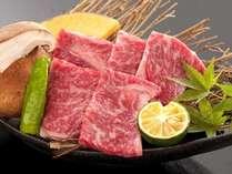きれいなサシの伊賀牛はこの地域でしか食べられません。こちらは伊賀牛の石板焼きです★