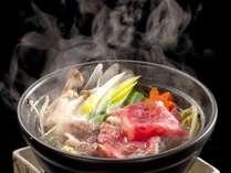毎月かわる伊賀牛の小鍋。その柔らかさと旨みを堪能してください
