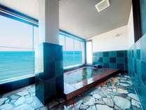 天然温泉「蘇民の湯」からは夫婦岩も望める自慢の展望露天風呂