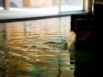 自慢のお湯は敷地内から湧き出る自家源泉を利用