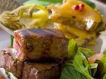 季節の料理一例~『和牛のロースト』~