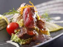 季節の料理一例~『和牛の炙り 葱ソース添え』