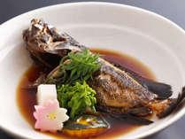 小さなお子様にもおすすめ、料理長自慢の『地魚煮つけ』