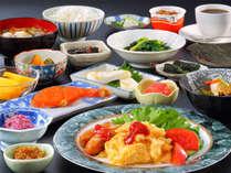 地元農家の方と提携して、新鮮な朝採り野菜たっぷりの朝食をご用意!