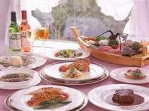 銀座で20年のキャリアを積んだオーナーシェフが作る伊豆の新鮮な魚と本格洋コースを楽しめるディナー