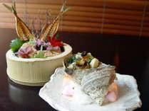 天然サザエの壷焼き&鰺のなめろうをダブルで満喫!鰺の骨せんべいと一緒にお酒のおつまみに。