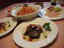 ボリュームあるイタリアンコース料理で満腹