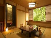 和室10畳の落ち着いたお部屋です。
