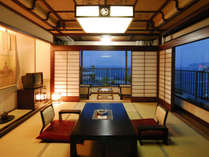 *【初島を望む2フロア式メゾネット「金沢」】写真は上のフロア「和室」10畳間でございます。