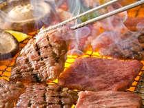 【手ぶらdeBBQ一例】牛肉&鶏肉、季節の野菜などの食材を炭火でジュ~!!