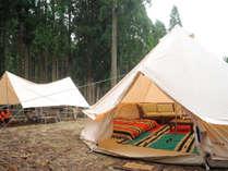 テントを建てる手間一切なしのプライベート★グランピング