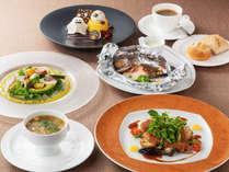 四季折々の緑、風、光を感じられるガーデンレストラン「シェフズ テラス」ディナー