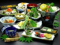 【山どん会席】地元の採れたて野菜たっぷり♪愛情もたっぷり♪