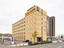 ◆ホテル外観◆無料駐車場完備!