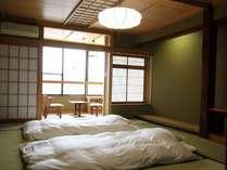 【LODGE】和室12畳レイクビュー お布団を敷いた一例