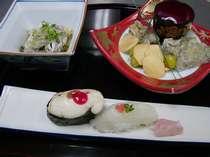 【真皮蕎麦見立て】【白子と身の握り寿司】【口取り】