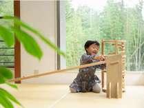 小さなお子様も安心して遊べるようにキッズスペースをご用意しています