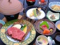 メインを肉又は魚から、お好みで選べるコース(写真はお肉コース)