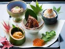 信州ならではの味覚をお部屋食で。諏訪大社・諏訪湖など長野県を代表する観光スポットへのおでかけにも。