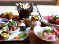 創業110余年、割烹料理屋から始まった鉄鉱泉本館。自慢の料理をぜひご賞味ください(一例)