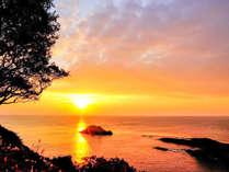 日向灘(太平洋)から昇る朝日