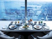 スカイリゾートフロア「アトリエ」インルームダイニング朝食 (ベイブリッジビュー・イメージ)