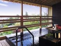 天然温泉100%・露天風呂付特別室の露天風呂一例(白樹)