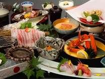 ◆お部屋でのんび~り♪かけ流し温泉を体験しよう♪活アワビ&能登豚&カニ付き会席◆食事処は個室を確約!