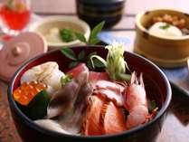 ★思い立ったらお気軽に♪海の幸が満載日帰りランチ【海鮮丼定食】イメージ