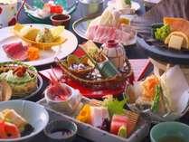 北陸ならではの海の幸、里山の幸を存分にお楽しみください。お料理一例