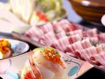 【黒豚と能登豚のメガ盛りしゃぶしゃぶ会席 イメージ】お肉の味わいを食べ比べて、金箔海鮮丼で幸せ気分♪